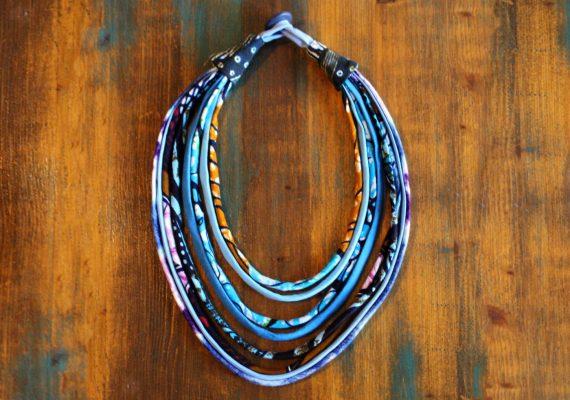 collier textile